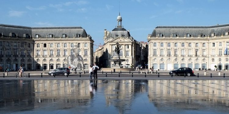 Local Commercial Bordeaux